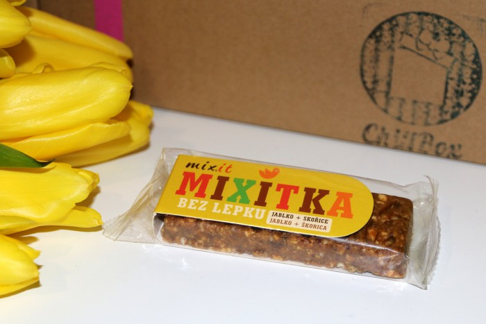 Mixit - baton jabłko zcynamonem