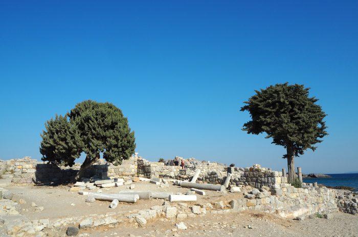 ruiny bazyliki Agios Stefanos