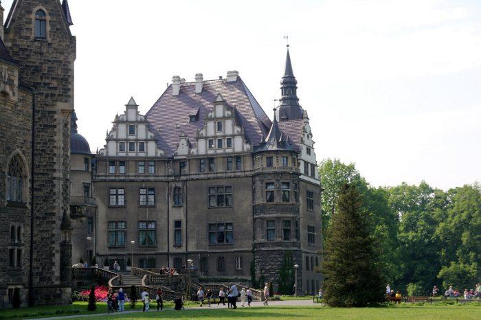 Zamek Moszna zachodnie skrzydło