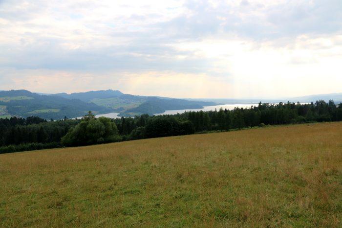 widok zPolany Majerz naJezioro Czorsztyńskie