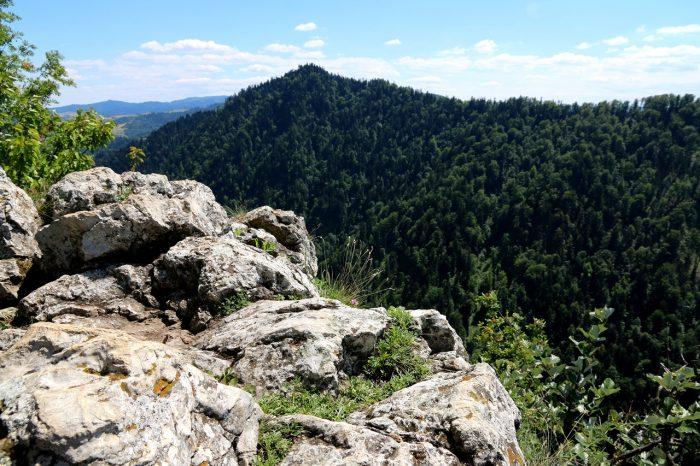 skały przy szczycie Sokolicy