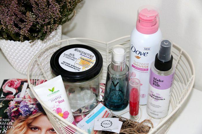 szampon Cosnature, sól Manufaktura Lawenda, serum Vichy, balsam doust Clinique, mus Dove, woda Make Me Bio
