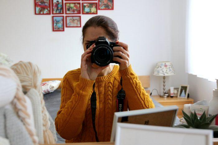 autoportret wlustrze