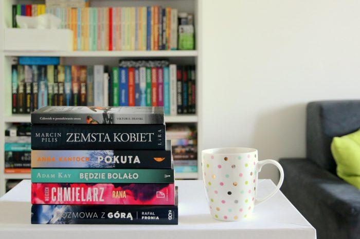 Podsumowanie sierpnia - stosik przeczytanych książek