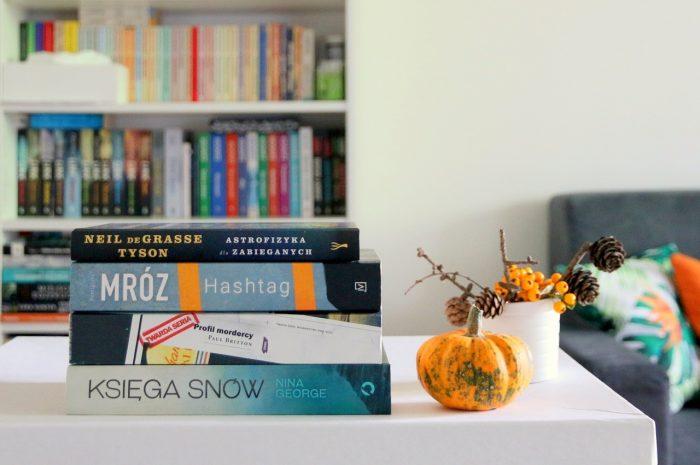 Podsumowanie września - stosik przeczytanych książek