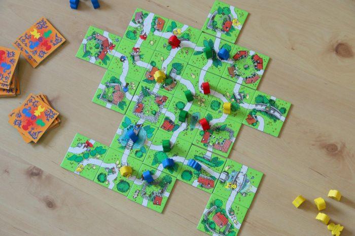 Dzieci zCarcassonne gra